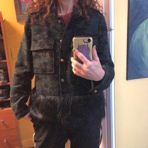 Anthropologie NVLT faux fur trimmed camo jacket